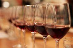 Cinco razones para disfrutar de una copa de vino tinto cada día (pineado por @OrgulloWine)