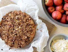 Kira Trust: Æblekage med lakrids