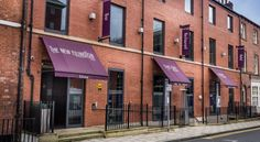 The New Ellington Leeds The New Ellington Hotel is a 5-minute walk from Leeds Train Station and Leeds Shopping Plaza. The Ellington offers large rooms with rain showers, Nespresso coffee machines and free Wi-Fi.