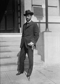 Roque González Garza, presidente de México en 1915 y rompecorazones profesional. Ya no hacen presidentes como estos.