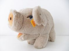Vintage Steiff Pig with Button and Tag  Knopf by peonyandthistle!!