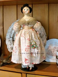 Join the Parade right here on Wed June 28 the dolls for sale will be listed at PDT Look Vintage, Vintage Linen, Porcelain Dolls Value, Clothespin Dolls, Dolls For Sale, Paperclay, Bisque Doll, Old Dolls, Wooden Dolls