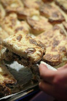 Zapiekanka chlebowa z pieczarkami