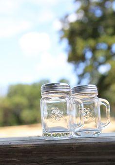 mason jar salt & pepper shakers {junk gypsy co}
