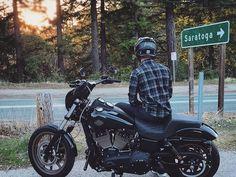 Harley Davidson Bike Pics is where you will find the best bike pics of Harley Davidson bikes from around the world. Harley Davidson Museum, Harley Davidson Dyna, Harley Davidson Motorcycles, American Motorcycles, Old Motorcycles, Harley Wide Glide, Moped Motorcycle, Dyna Low Rider, Harley Dyna