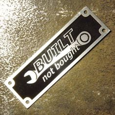 Anodized Aluminium Built Not Bought custom manufacturer vin name plate etched Vw T3 Syncro, Man Cave Diy, Car Fix, Wrangler Accessories, Metal Shop, Homemade Tools, Diy Car, Custom Stamps, Welding Projects
