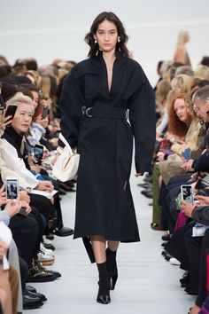Celine Printemps/été 2018, Womenswear - Fashion Week (#30732) France