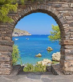 tuinposter-doorkijk-door-Grieks-venster-Croatië