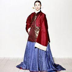 #hanbok #korea #traditional_clothes #tradition #gold #gild #color   #한복의미 #한국전통문화전당 #한복 #장저고리 #거들치마 #거들지 #직금 #비녀 #쪽진머리 #조선시대 #자주색 #아청색