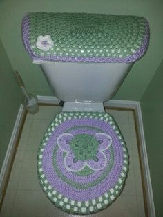 1000+ images about Toilet cover sets on Pinterest ...
