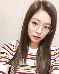 Kpop Girl Groups, Korean Girl Groups, Kpop Girls, Blackpink Jennie, Rapper, Blackpink Photos, Blackpink Jisoo, Yg Entertainment, Wonwoo