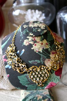 1950s Intricate Golden Diamond Necklace & Clip On earring Set