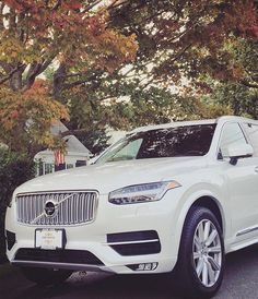 It's beginning to feel a lot like Fall! The #AllNewXC90