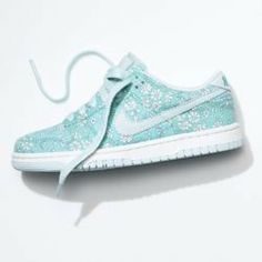 buy popular 3f008 0e4f6 Nike Store. Nike Dunk Low Premium Liberty iD Shoe on Wanelo Estilo  Eclectico, Zapatillas