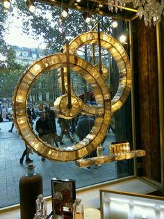 Guerlain Elysees 2016 Vitrine designed by Regis Mathieu, Orbite and Constellation chandeliers