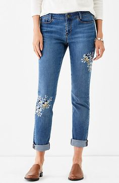 0d03bbc001afb JJill Style · I love love love the embroidery on these weekender jeans  Embroidery On Clothes