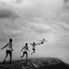 Si quieres Volar, renunciar a todo lo que pesa... ॐ