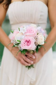 Blush bouquet // see more: http://theeverylastdetail.com/romantic-lavender-and-yellow-wedding/ // Photographer: Bob Care Photography / Wedding Planner/Coordinator: Destination Wedding Studio / Flowers  Decor: Floral Fantasy