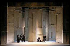 Anna Bolena. L'Opera de Monte Carlo. Scenic design by Roni Toren.