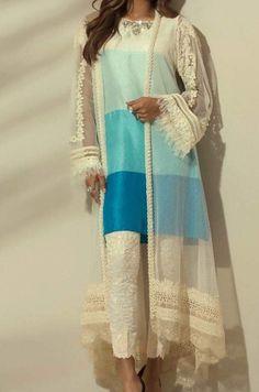 Women jacket over women traditional suit Long jacket over suit Pakistani Fashion Casual, Pakistani Dresses Casual, Pakistani Dress Design, Stylish Dress Designs, Designs For Dresses, Heavy Dresses, Stylish Dresses, Frock Fashion, Fashion Dresses