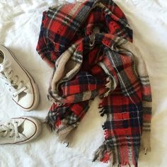 EUC Madewell lightweight wool red plaid scarf EUC lightweight plaid scarf, distressed with holes and tears (how it is supposed to be) really pretty warm red and blue combo, add some color to your fall/winter blues Madewell Accessories Scarves & Wraps