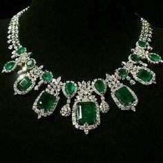 @thejewellcloset .Stunning Diamond & Emerald  Necklace  by Chopard.