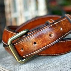 Vvego leather belts come in 2 different widths- 1.5″ and 1.25″. The option to put initials on the inside part is also available- FOR FREE!