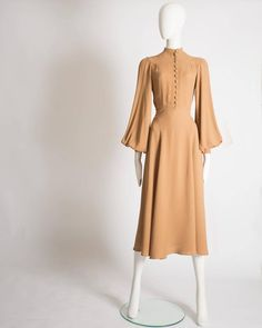 Ossie Clark caramel moss crepe mandarin collared dress, Circa 1970 For Sale at - Ossie Clark caramel moss crepe mandarin collared dress, Circa 1970 For Sale at Source by cocoline - Look Fashion, Retro Fashion, Vintage Fashion, Womens Fashion, Fashion Tips, Fashion Design, 2000s Fashion, Fashion Websites, Office Fashion