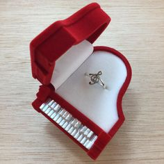 Music Jewelry, Cute Jewelry, Unique Jewelry, Silver Jewelry, Musical Jewelry Box, Gold Jewellery, Silver Earrings, Piano Gifts, Music Gifts
