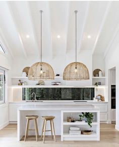 Home Interior, Kitchen Interior, Interior Ideas, Rattan, Kitchen Decorating, Decorating Ideas, Decor Ideas, Kitchen With High Ceilings, Mexican Style Kitchens
