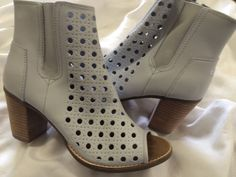 TOMS WOMEN'Majorca Peep Toe Boot Gray Leather Size 11 #Toms #OpenToe