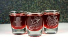 Personalized Firefighter Etched Shot Glass Set of 3 -- fireman gift -- firefighter gift -- custom fi Firefighter Bedroom, Firefighter Crafts, Firefighter Wedding, Firefighter Boyfriend, Firefighter Family, Fire Dept, Fire Department, On Shot, Glass Engraving