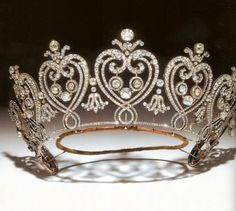 Consuelo Yznaga, Duchess of Manchester's tiara, made by Cartier in 1903. Flaming hearts design.