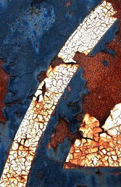 Rust | さび | Rouille | ржавчина | Ruggine | Herrumbre | Chip | Decay | Metal | Corrosion | Tarnish | Patina | Decay | Michael Lusk