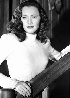 """barbarastanwyck: """"Barbara Stanwyck in My Reputation, 1946 """" Old Hollywood Stars, Hooray For Hollywood, Golden Age Of Hollywood, Vintage Hollywood, Hollywood Glamour, Hollywood Actresses, Classic Hollywood, Vintage Vogue, Vintage Glamour"""