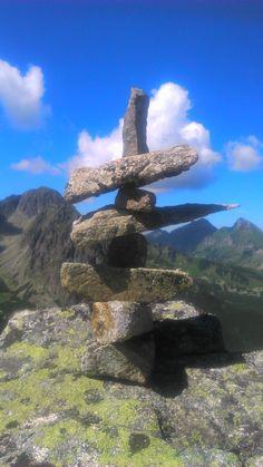 Vysoké Tatry - Malá Svišťovka Stones, Bird, Mountains, Outdoor Decor, Nature, Travel, Home Decor, Voyage, Homemade Home Decor