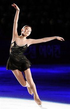 Figure Stating Pose full of Grace #FigureSkating