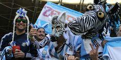 Todas las fotos del festejo de Argentina ante Irán. Mirá todas las imágenes de la previa y el partido de la Selección Nacional frente al equipo iraní. http://www.diarioveloz.com/notas/126370-las-fotos-del-triunfo-argentina-iran