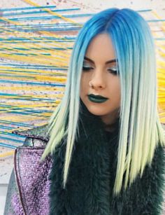 Blue ombre dyed hair color inspiration @sophiehannahrichardson