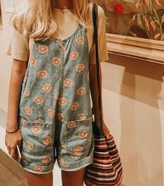 hippie outfits 596867756846905401 - Casual fashion outfits ideas and Chic Summer outfits for 2019 Source by lorientsfashion Mode Hippie, 70s Hippie, Hippie Chic, Boho Fashion, Fashion Outfits, Fashion Ideas, Fashion Hacks, 2000s Fashion, Fashion Quotes