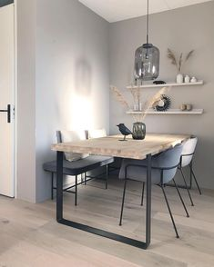 Living Room Interior, Home Interior Design, Dining Area, Dining Table, Natural Interior, Living Room Inspiration, Urban, Scandinavian Design, Black House