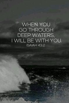 Aunque tengas graves problemas, yo siempre estaré contigo; cruzarás ríos y no te ahogarás, caminarás en el fuego y no te quemarás Isaías 43:2 [TLA] ¡Buen Miércoles!