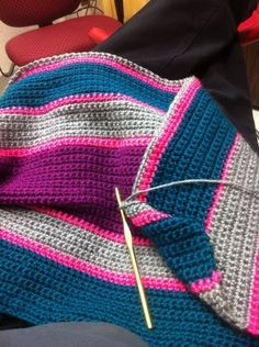 I love these colors together. I have to get some neon yarn.