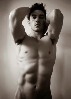 Johnathan Rhys Meyers. Oh so yummy. Drool :)