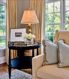 Table in my living room corner = Leslie Hayes Interiors Side Table Decor, Table Decor Living Room, Living Room End Tables, Formal Living Rooms, Home Living Room, Family Room Design, Luxury Interior Design, Contemporary Interior, Home Furniture