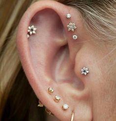14K Solid Gold Flower Stud Earrings