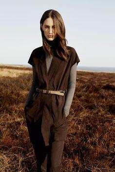 Longweste von RIANI  #Herbst #Riani #Mode #Kollektion #Braun #Longvest #Weste #Herbstfarben #Winter #Classy