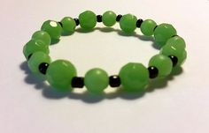 Green Faceted Glass Beaded Bracelet with Black Seed Beads!