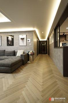 40 평 부산.similar entryway concept House Ceiling Design, Ceiling Design Living Room, Home Room Design, Floor Design, Living Room Designs, House Design, Apartment Interior, Living Room Interior, Home Living Room