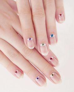Black and Silver Nails Nail Art Nails Beautyinthebag Nailart the mint fine nail design mint Nail Art Designs, Nail Designs Spring, Nail Polish Trends, Nail Trends, Beautiful Nail Art, Gorgeous Nails, Evil Eye Nails, Nailart, Negative Space Nails
